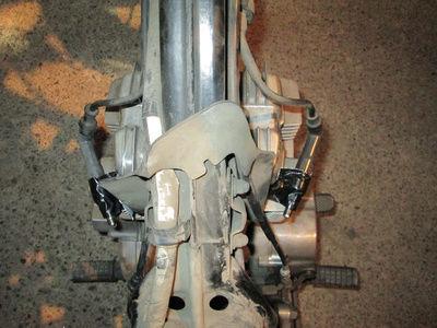 Crónica nigromántica: resurrección de una Honda CB250 de 1999 Chispa10