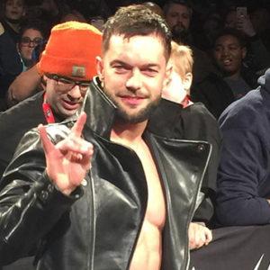 Roster de Raw!! Finn-310