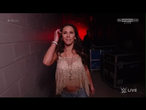 Roster de Raw!! Mickie10