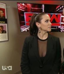 Roster de Raw!! Stepha10