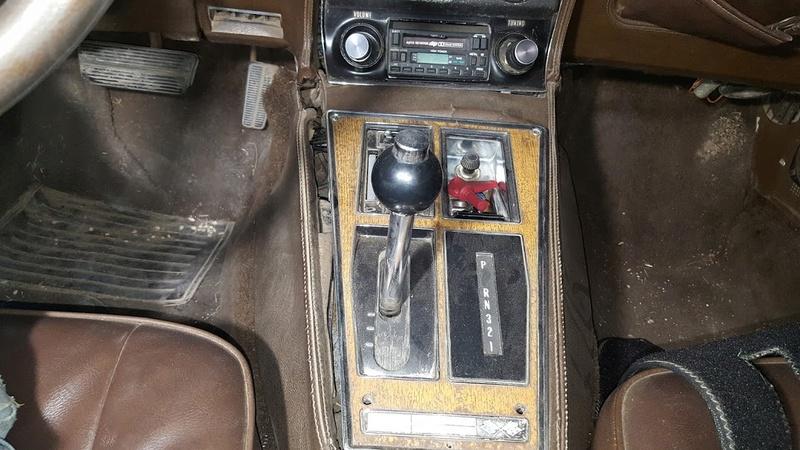 sortie de grange corvette  c3 1976 20170915