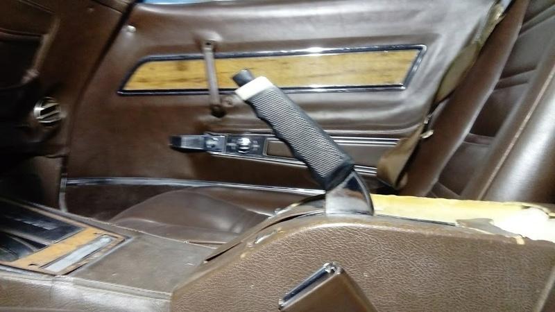 sortie de grange corvette  c3 1976 - Page 2 Dsc_0024