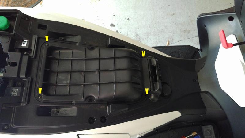 Contrôle & remplacement Filtre Air QUADRO 4D Filtre12