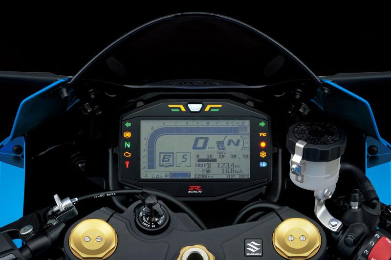 NOVA GSX-R 1000  Nova-s10