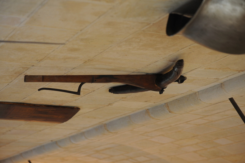 Berkhamsted Castle and Glasgow Museum wooden prod crossbow Alcaza15