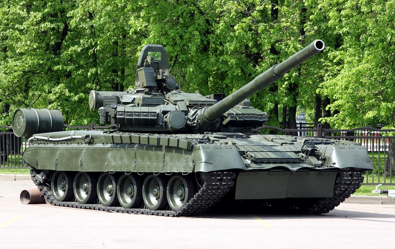 The T-80s future in the Russian Army - Page 7 T-80_110