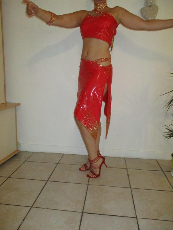 Vente robe Latine Strassée Img_0615