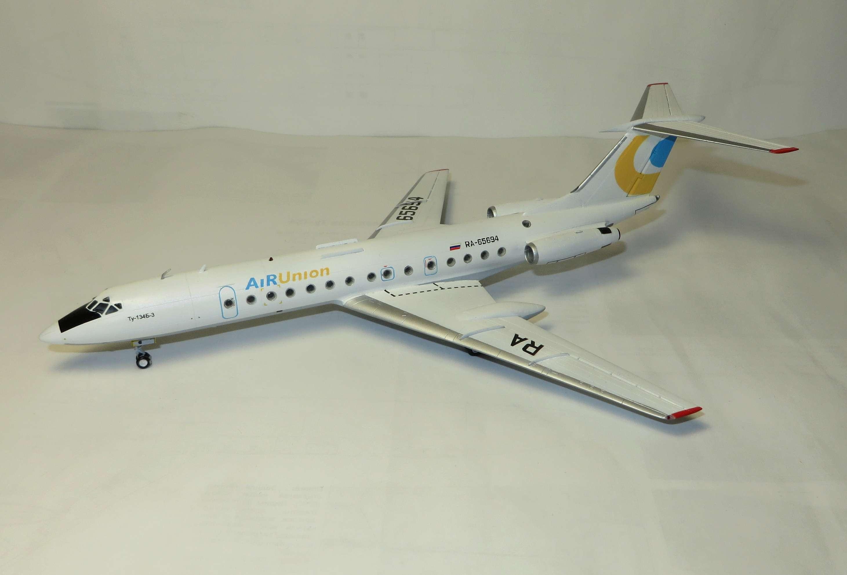 Ту-134Б-3 - RA-65694 - ZVEZDA 1/144 Img_5710