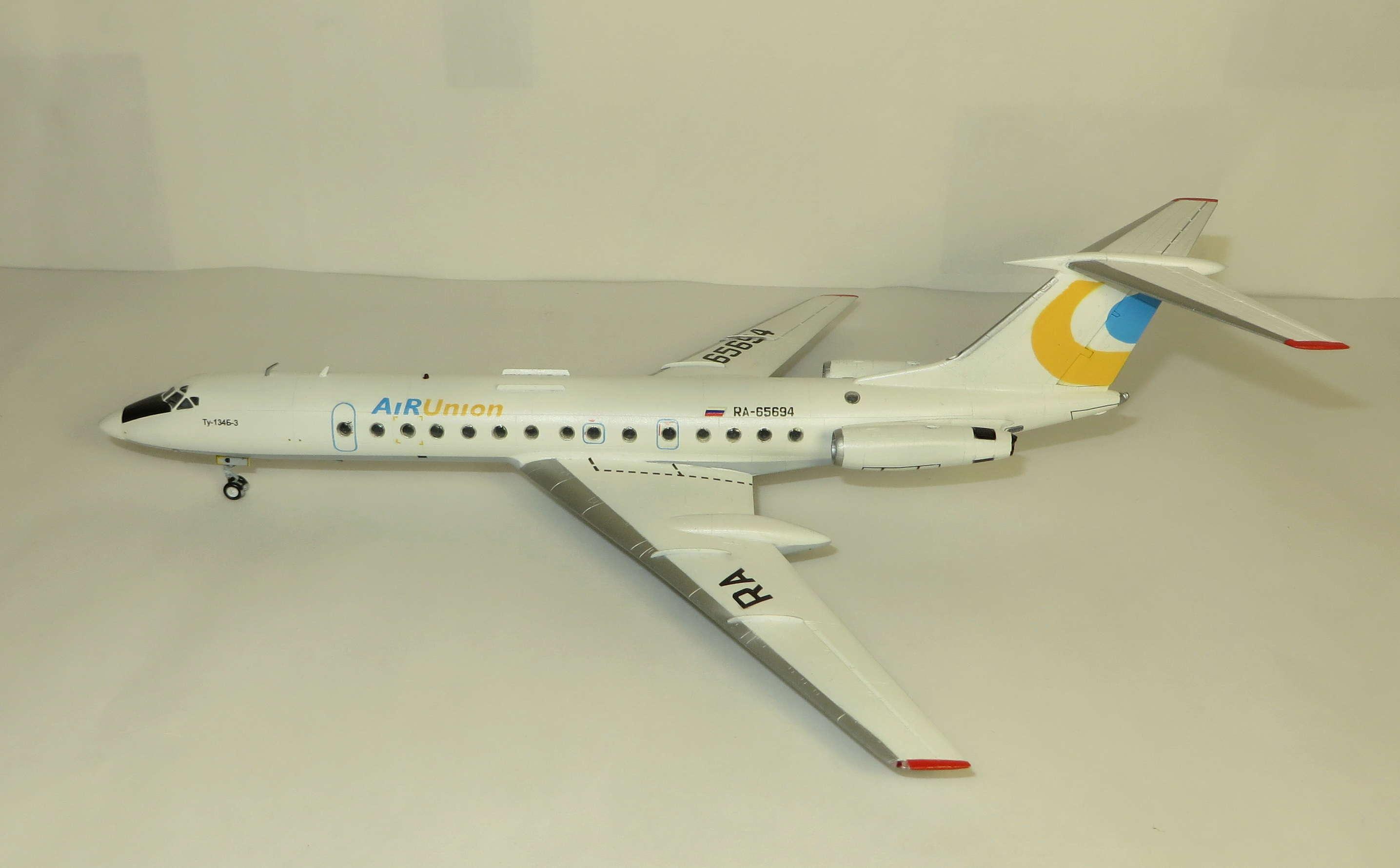 Ту-134Б-3 - RA-65694 - ZVEZDA 1/144 Img_6210
