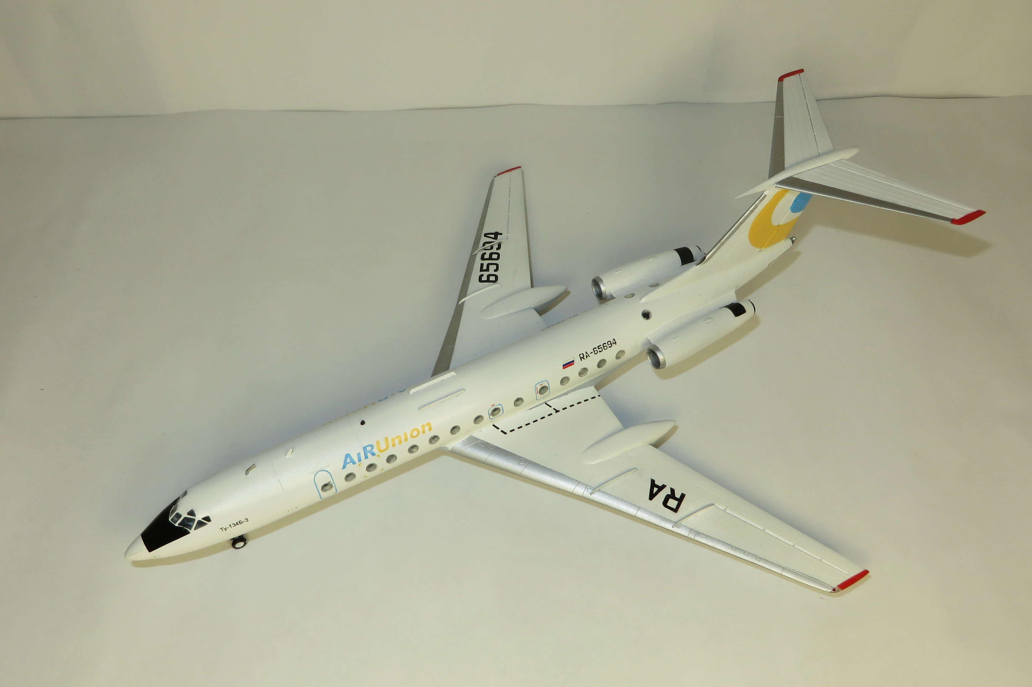Ту-134Б-3 - RA-65694 - ZVEZDA 1/144 Img_6212