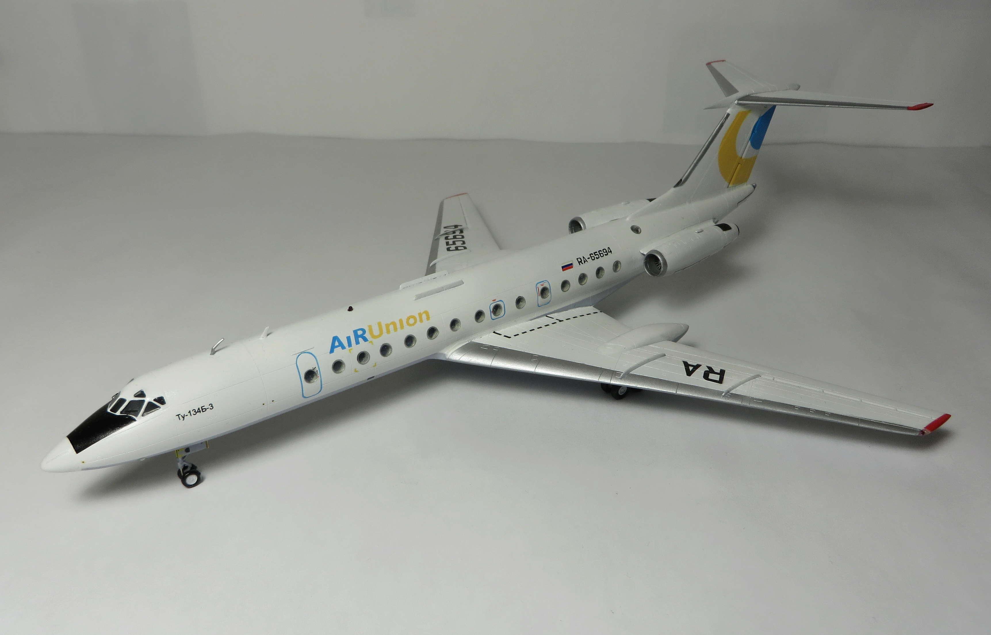 Ту-134Б-3 - RA-65694 - ZVEZDA 1/144 Img_6213