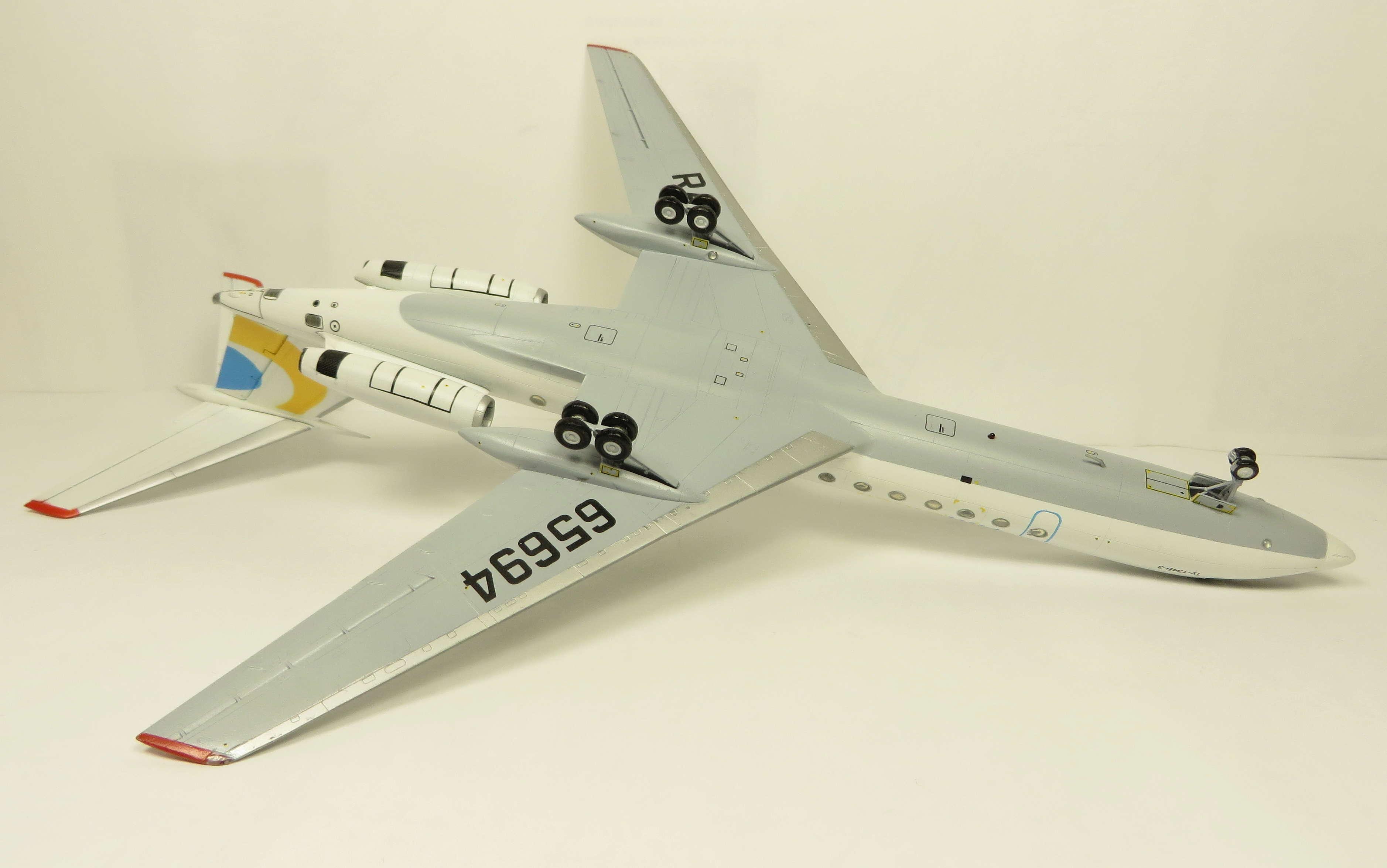 Ту-134Б-3 - RA-65694 - ZVEZDA 1/144 Img_6312