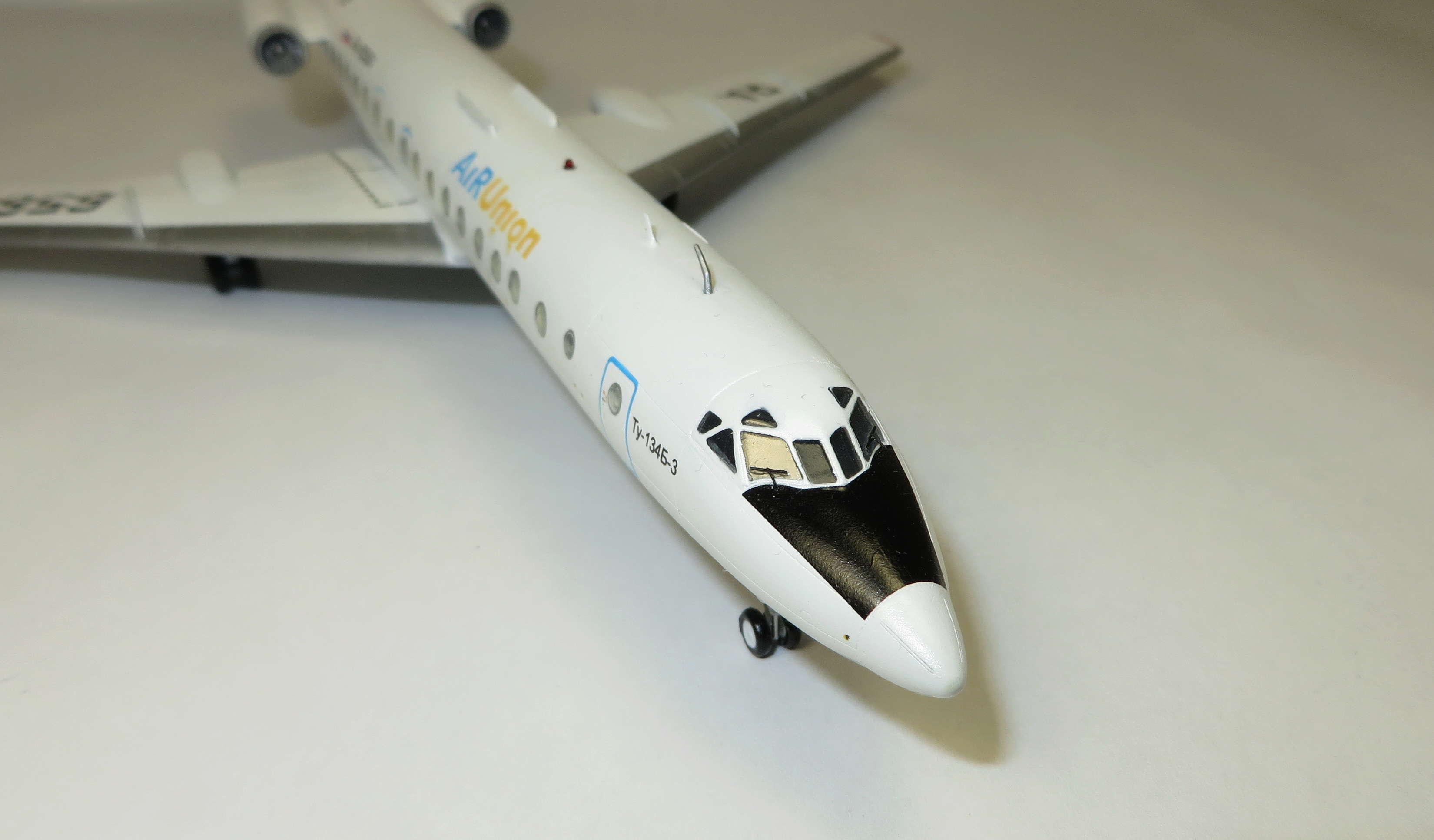 Ту-134Б-3 - RA-65694 - ZVEZDA 1/144 Img_6316