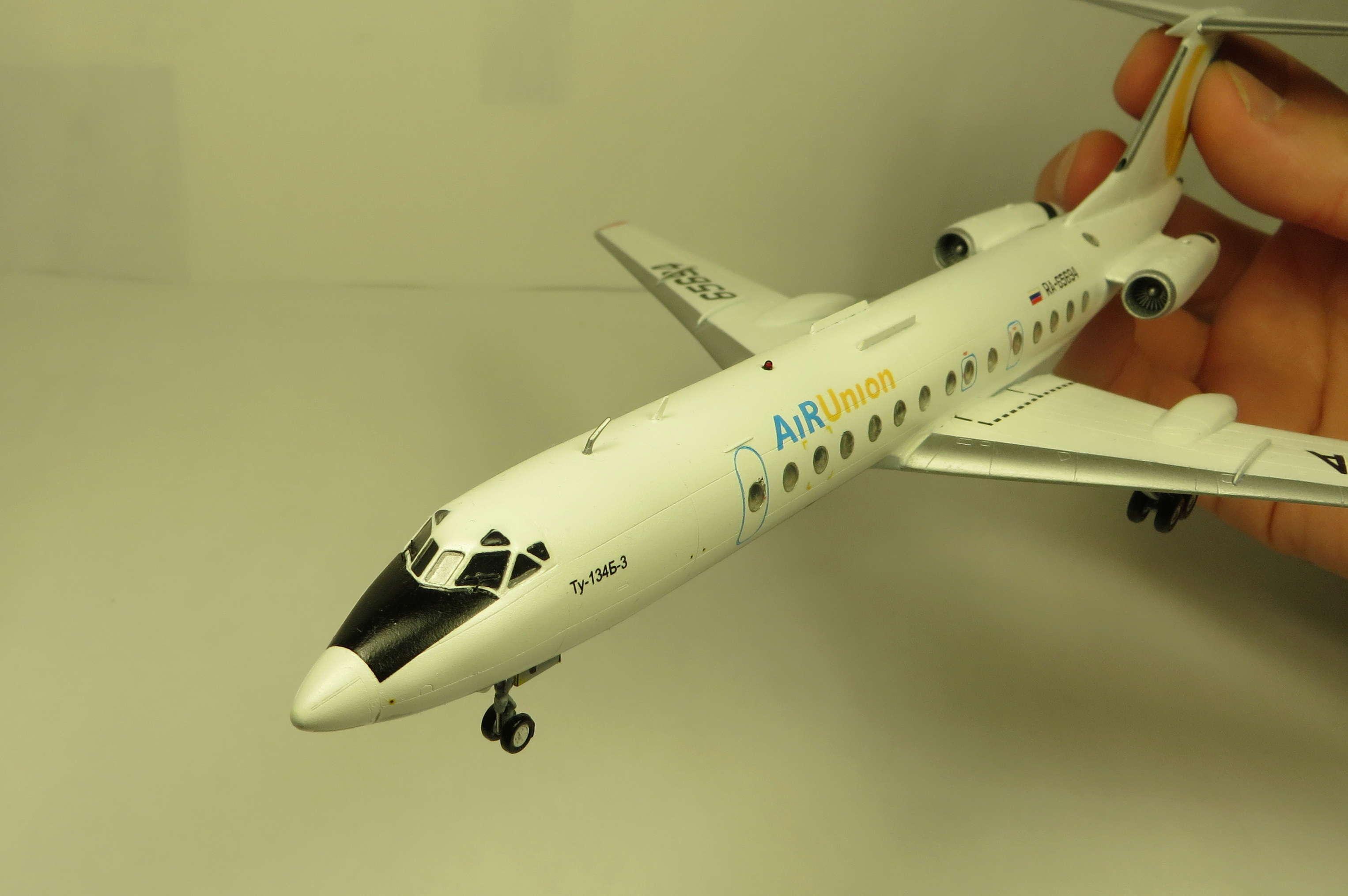 Ту-134Б-3 - RA-65694 - ZVEZDA 1/144 Img_6317
