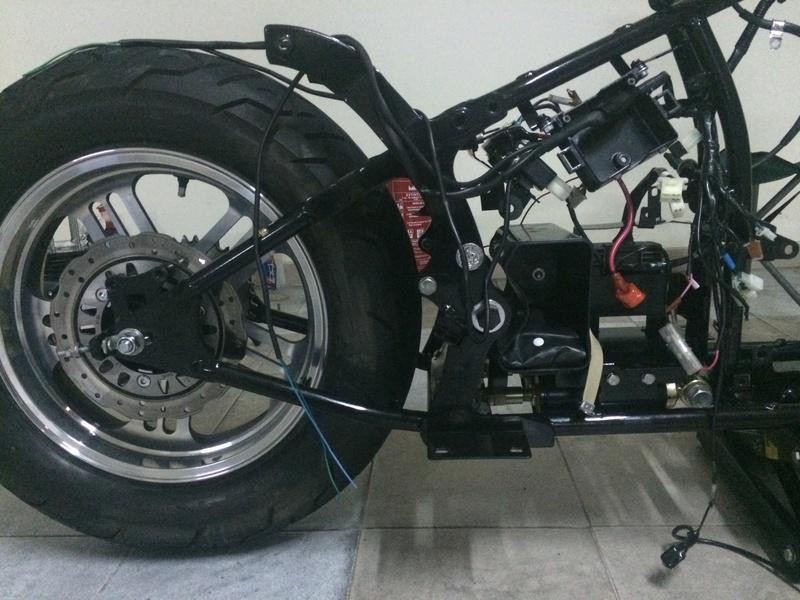 Personalização de Leonart Spyder 125cc  Img_4613