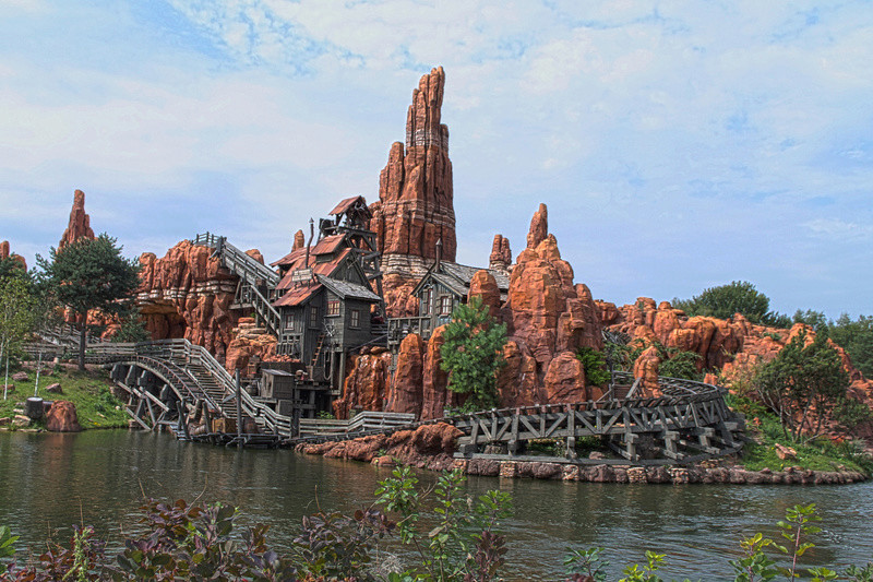 Photos de Disneyland Paris en HDR (High Dynamic Range) ! - Page 14 Btm0110