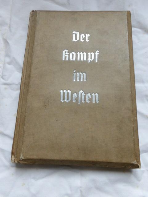 livre de propagande original  100_3031