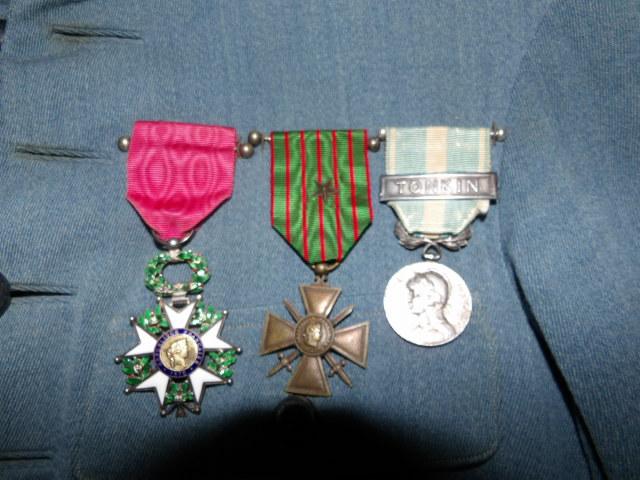 Système de fixation Légion d'honneur 100_3218