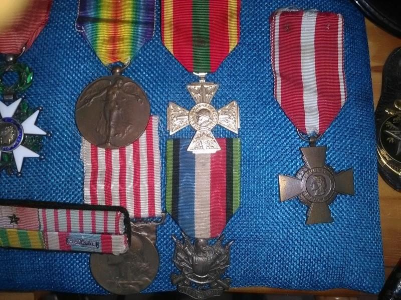 Ma petite collection de médailles Img_2013