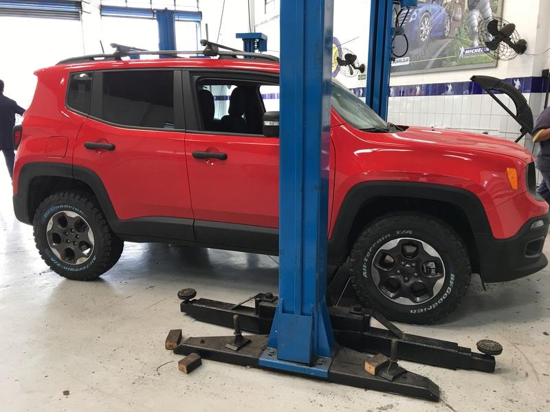 Medida do pneu BF para a versao 1.8 SPORT R16 Img_0713