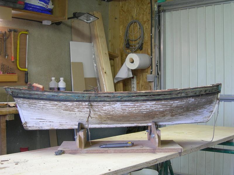 restauration maquette navigante ancienne d'un lougre de guerre/chasse début 19ème Dscn6616