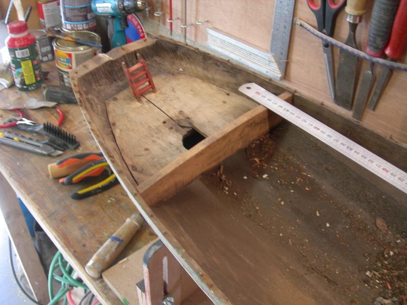 restauration maquette navigante ancienne d'un lougre de guerre/chasse début 19ème Dscn6617
