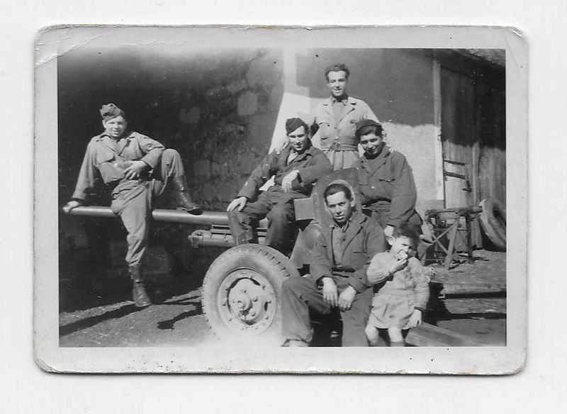 la Nueve équipage du half-track Le Mourzouk Blessy11