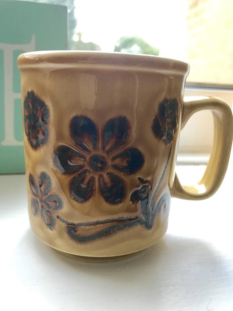 Help Identifying Mug Maker? F6b53110