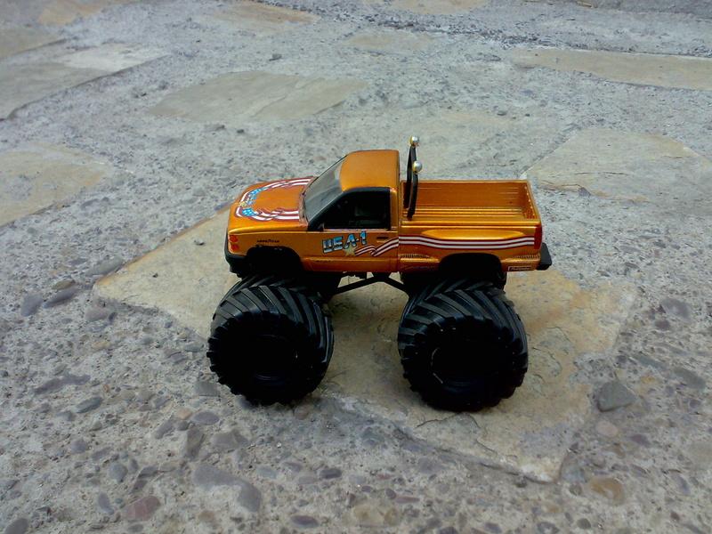 Camioneta Chevrolet U.S.A.1 1/32 11112019