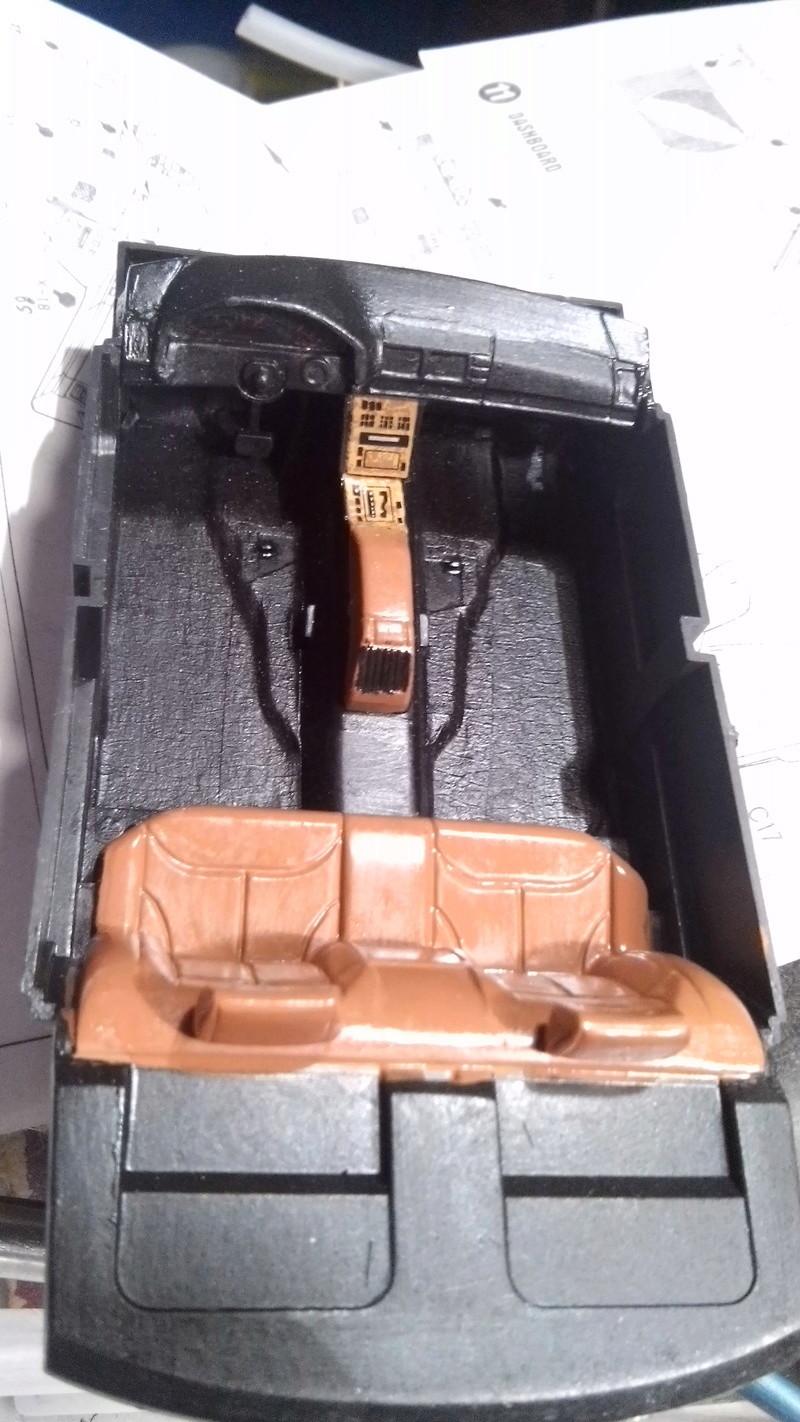 MERCEDES-BENZ 600 SEL 1/24 Cam00123