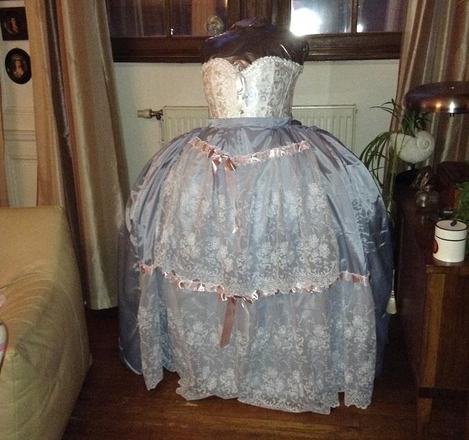 Ma (première) robe à la Francaise Img_0322