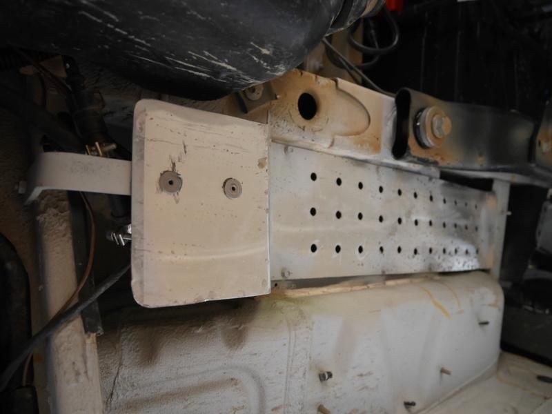 protection des pompes sous châssis P1100913