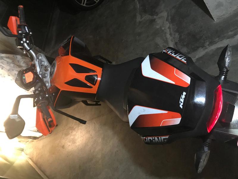 Katie, KTM DUKE 125 ABS - Yonie Moto411
