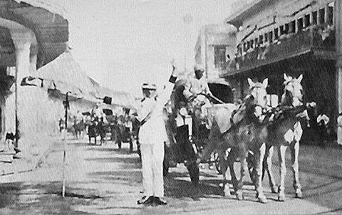 بغداد / شارع الرشيد عام 1930م _oa_o_12