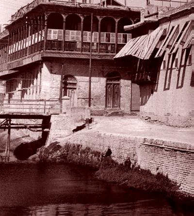 بيت في بغداد عام 1930م A_ia__10