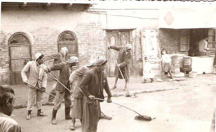 حملة عمل شعبي لتنظيف شوارع بغداد في الستينيات Oo_oo_10