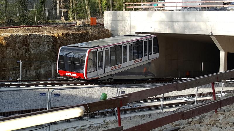 """Création nouvelle gare ferroviaire """"Pont Rouge"""" et création d'un funiculaire  20170411"""