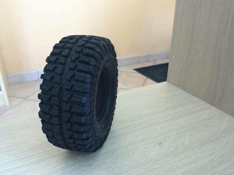Cherche info pour pneus TRX4 merci 15066710