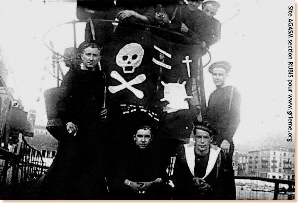 Les Jolly Rogers - Drapeaux de Pirates des Sous-Marins Britanniques Rubis110