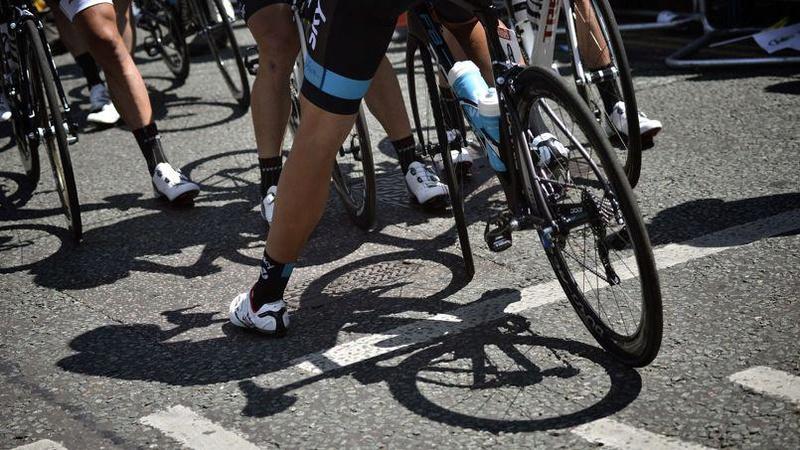 Pourquoi les cyclistes se rasent les jambes ? Phob7410