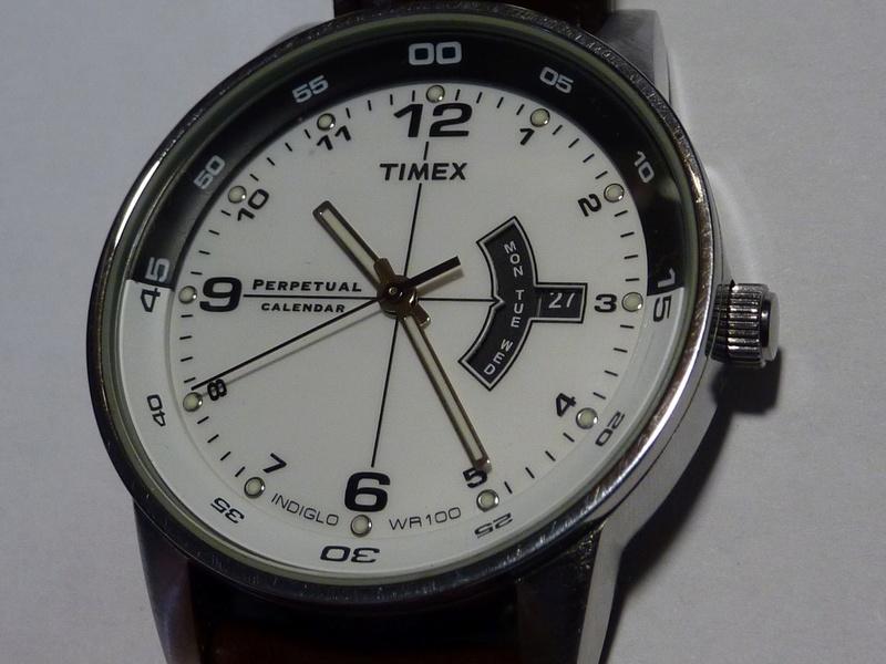 """Timex """"perpetual calendar """" Boitie10"""