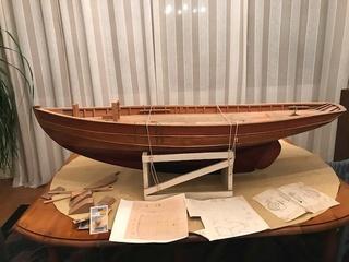 recherche des plans d'un modèle de yacht classique télécommandable inachevé Cytre_11