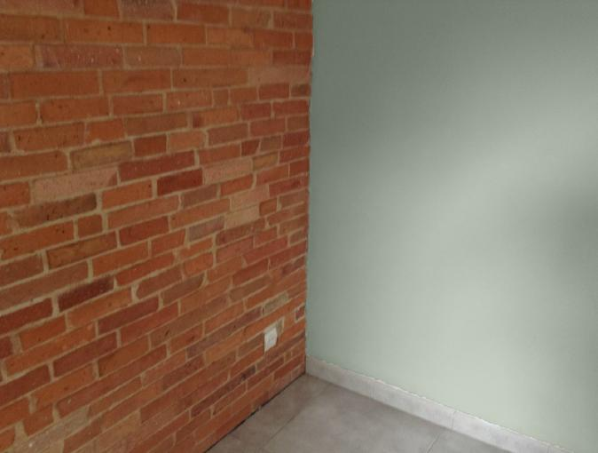 peinture avec mur brique ? Peintu10