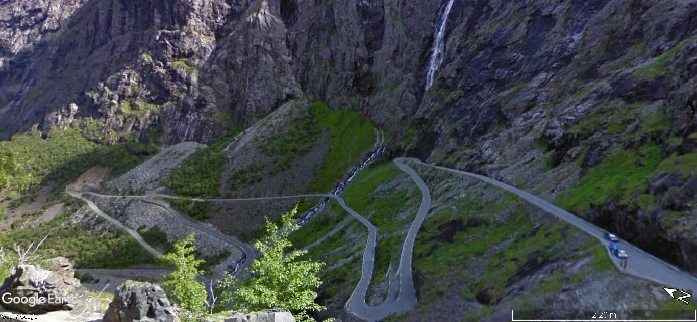 L'échelle du troll -Trollstigen en Norvège. Une route montagneuse spectaculaire A20
