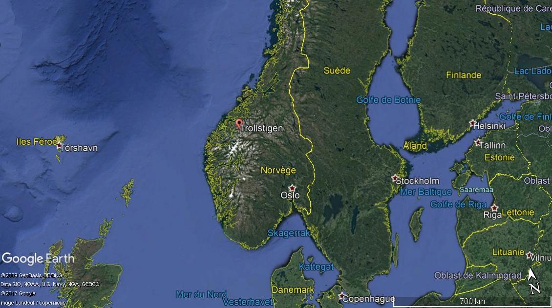 L'échelle du troll -Trollstigen en Norvège. Une route montagneuse spectaculaire A25