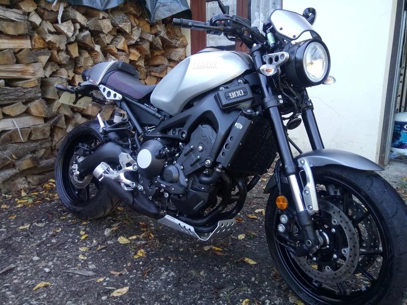 Photos de toutes les Yamaha XSR 900 du forum ! :) 900_xs10