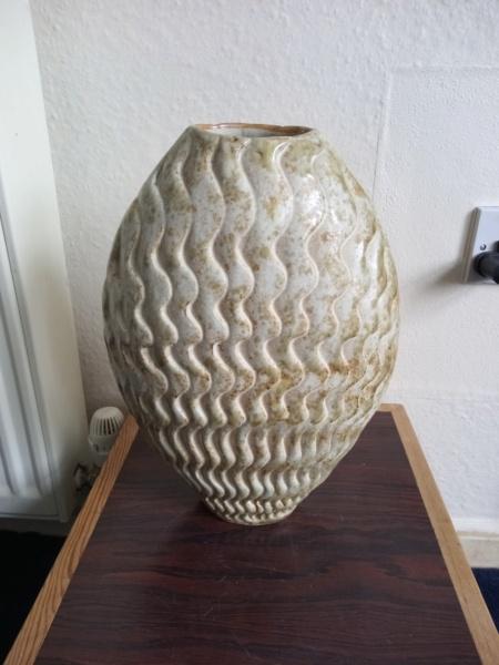 Large stoneware vase, AE mark  Img_2236
