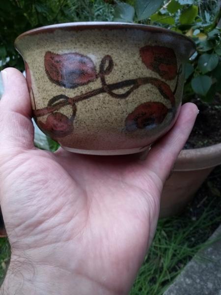 Stoneware bowl for ID, Hb mark, Hilary Bassett Img_2454