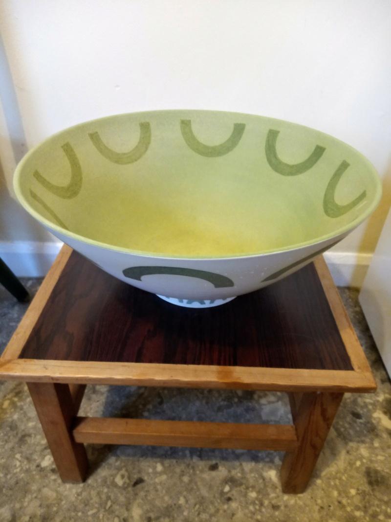 Porcelain bowl for ID, DW mark  Img_2512