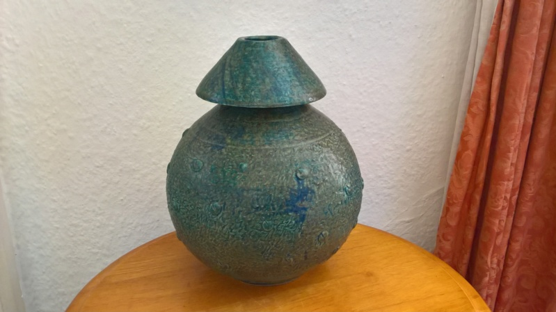 Unusual studio vase, signed H.Watts. Anyone know anything of this potter? Wp_20173